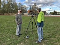 I-ja-II-Eesti-Naiste-Tantsupeo-pealavastaja-Ülo-Luht-kaamera-ees
